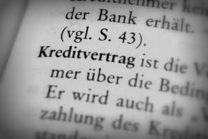 Einen Widerruf vom Kreditvertrag legen Sie schriftlich bei der Bank ein.